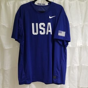 NWOT Men's NIKE PRO USA dri fit short sleeve shirt